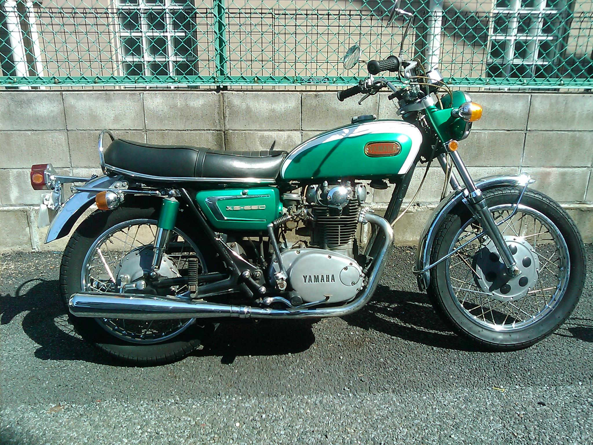 ヤマハXS650ビンテージバイクの車検