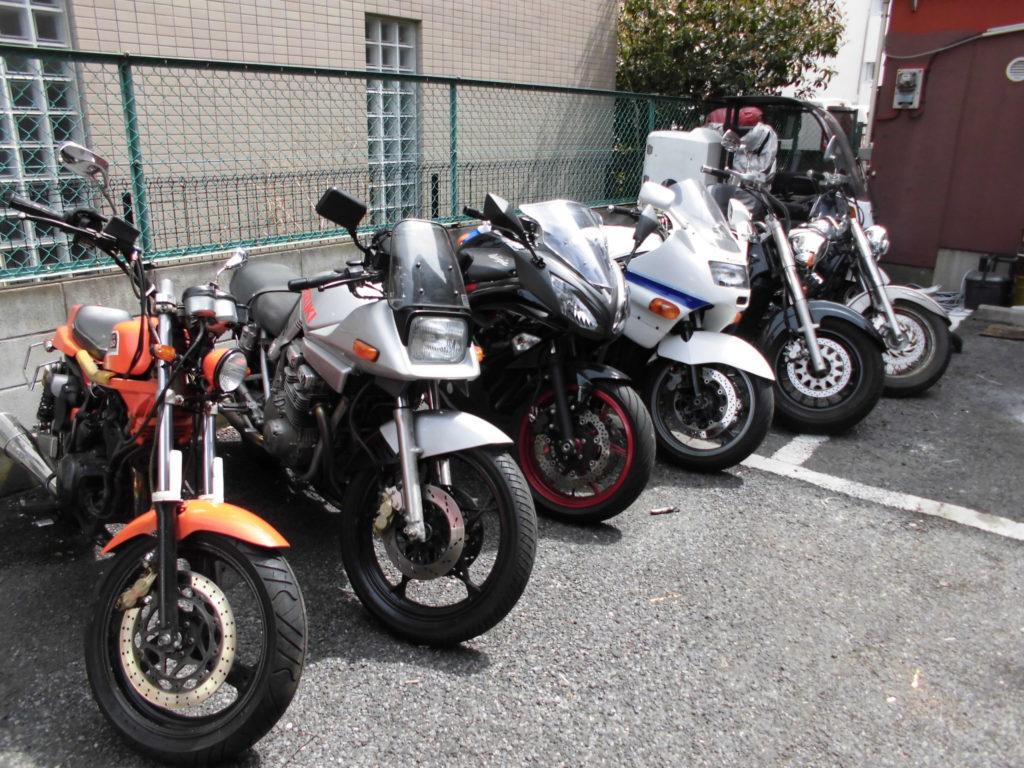 格安バイク車検のバイク車検車両