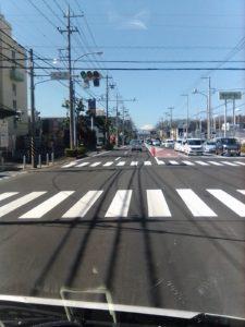 横浜車検場近く